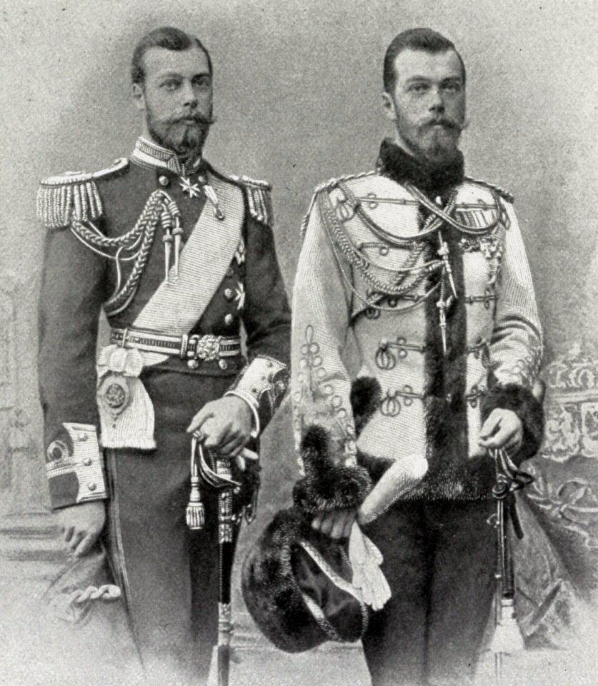 Два кузена: будущий Георг V и будущий император Николай II 1890