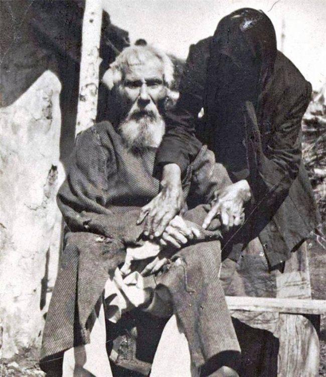 Павел Яковлевич Толстогузов, участник битвы при Бородино, в возрасте 117 лет, 1912