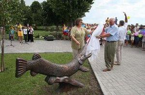 Памятник Щуке в Кременчуге