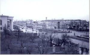 Сквер возле дворца культуры КрАЗ в Кременчуге
