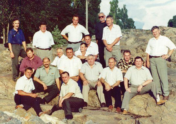 Последний день на скале. На фото руководители городских коммунальных предприятий принявших участие в расчистке скалы