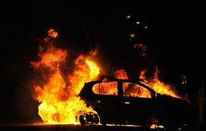 В Кременчуге сожгли машину «Коктелем Молотова»