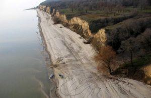 Критическое состояние береговой линии Кременчугского водохранилища