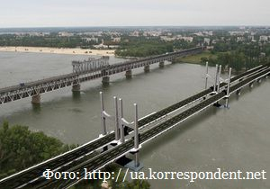 Виктор Янукович поможет Кременчугу с новым мостом.