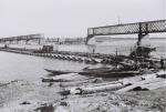 Фото немецкой переправы выше моста в Кременчуге 1941 год - фото 523