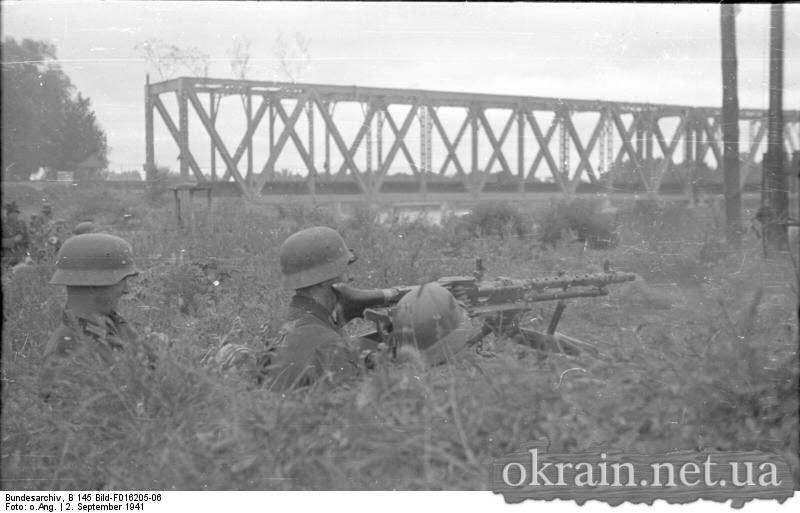 Пулемётные позиции возле моста через р.Псел - фото 606