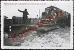 Немецкий грузовик на Кременчугском вокзале 1941-1942 год - фото 855