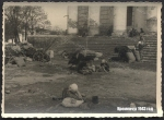 Беженцы возле Успенского собора 1943 год - фото 1622