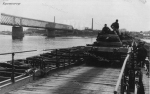 танк PzKpfw III модификации J (Ausf. J) на переправе - фото 1548