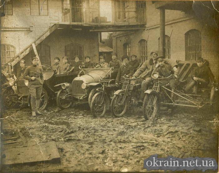 Военнослужащие колоны № 73 в Кременчуге 1924 год - фото 441