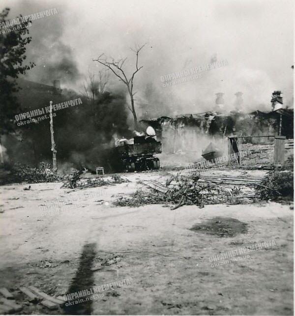 Пожар на топливном складе в Кременчуге - фото № 1794