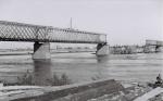 Разрушенный мост в Кременчуге 1941 год - фото с Крюкова - фото 507