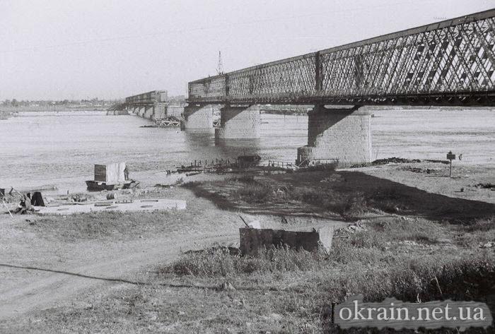Немецкое фото моста с Крюкова 1941 - фото 518