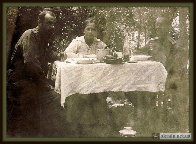 1916 год  Кременчуг. Владимир Константинович ( слева ) в  гостях у Сигизмунда Романовича