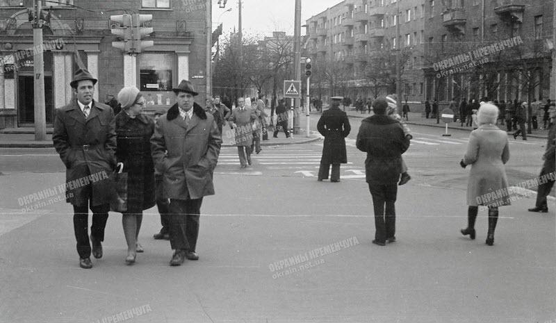 Центральный перекресток в Кременчуге - фото №1780