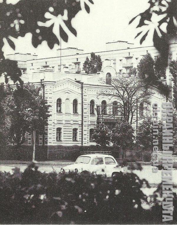 Бывшее здание уездного Земства в Кременчуге- фото №1741