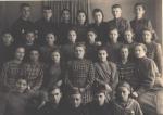 7-й класс школы №10 Кременчуг 1951 год. - фото 216