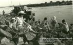 На камнях возле Хлебзавода. Кременчуг 1953год- фото 902