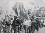 Первомайская демонстрация в Кременчуге 1966г - фото 702