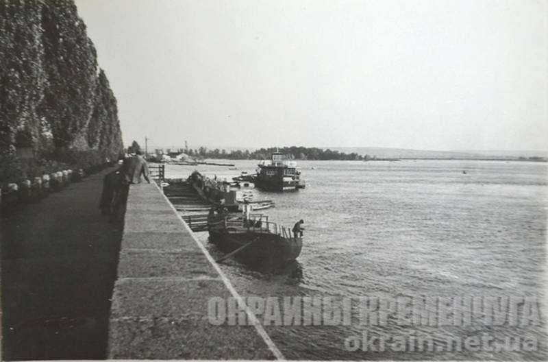 Пристань на набережной - фото №1719