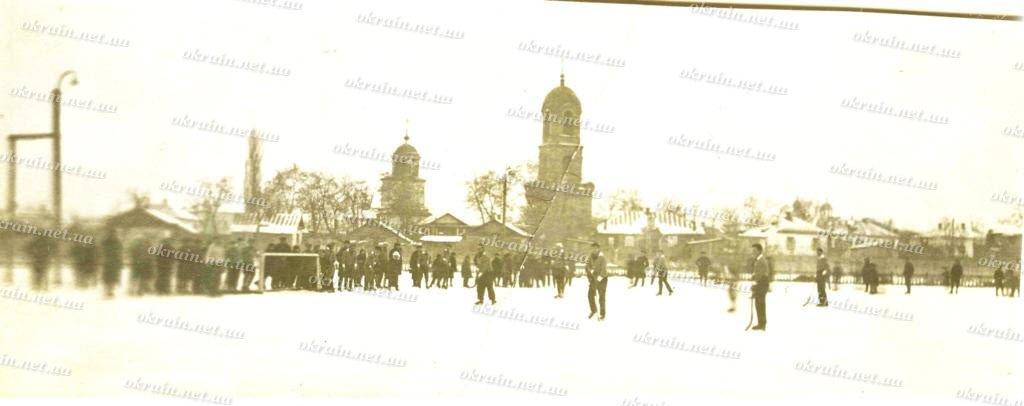 На стадионе «Спартак» в Кременчуге. 1934-1935года. - фото 247