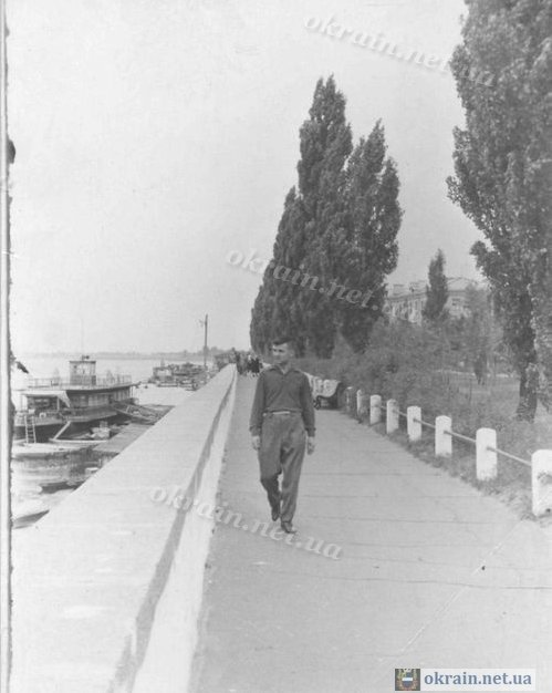 Набережная Вид в сторону Затона Кременчуг - фото № 146