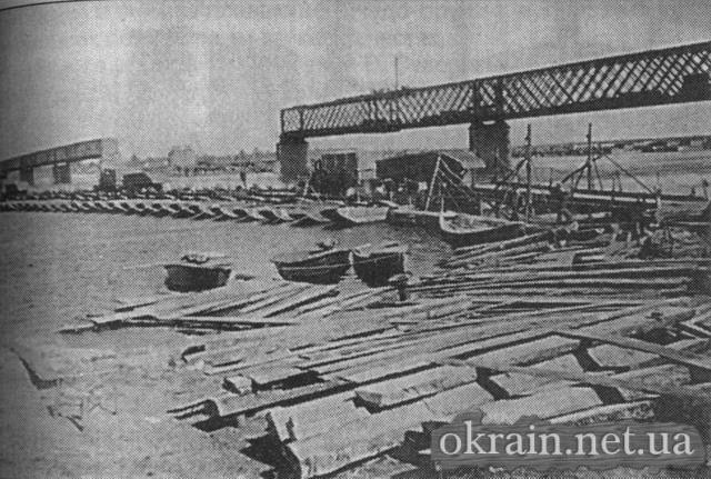 Наплавной мост через Днепр в Кременчуге (Waffen Arsenal) - фото № 121