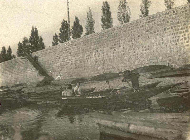 Лодочная станция на Днепре в Кременчуге - фото № 317