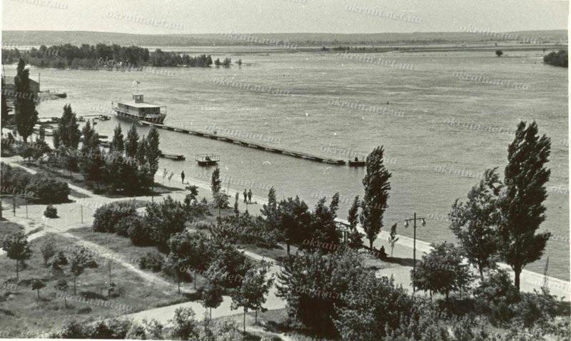 Набережная Днепра в Кременчуге - фото № 274
