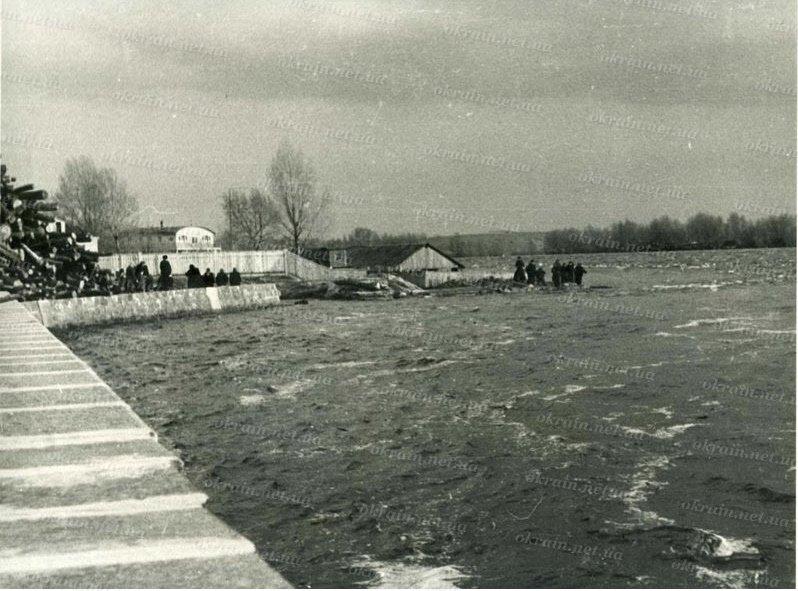 Наводнение в Кременчуге 1954 год - фото № 294