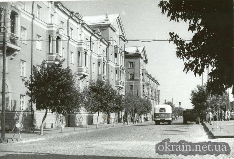 Улица Пролетарская (ныне Небесной Сотни) 1958 год - фото № 413