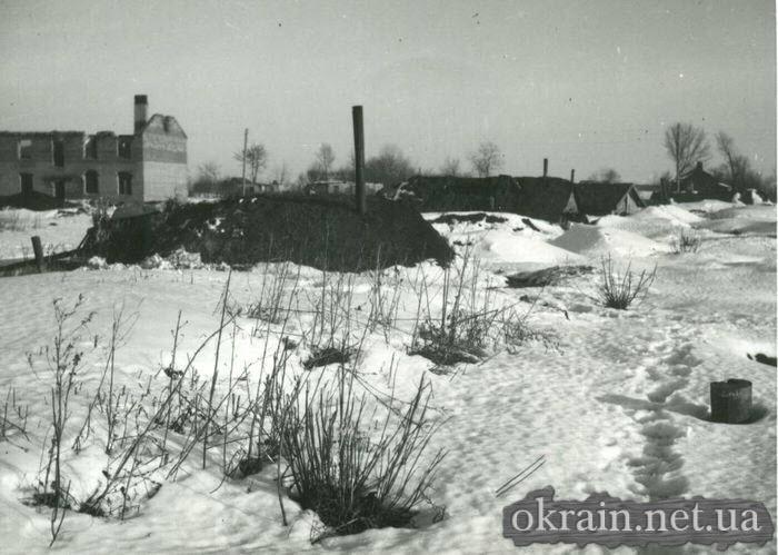 Разрушенный жилой массив Кременчуга 1943 год - фото № 388