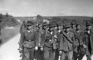 Фашистские военнопленные в Кременчуге
