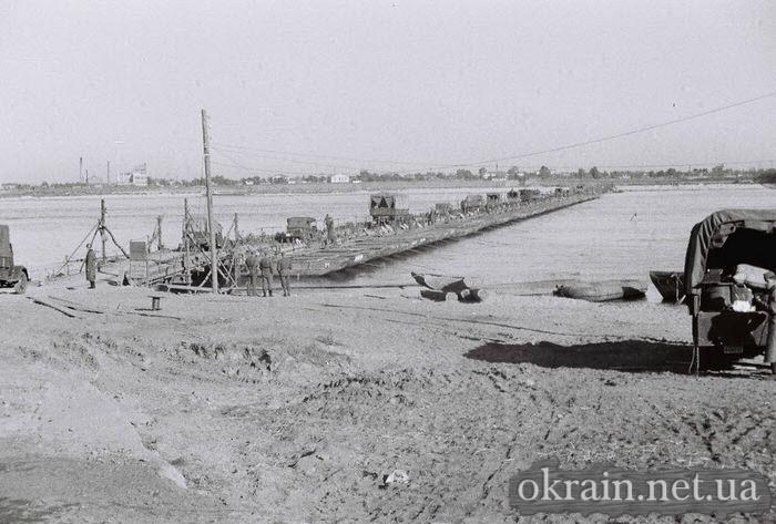 Фото немецкой переправы в Кременчуге 1941 год - фото № 519