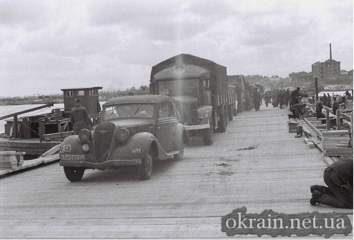 Немецкое фото с переправы в Кременчуге 1941 год - фото № 522