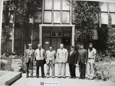 Вход в Кременчугский Краеведческий музей, 1983 год – фото 839