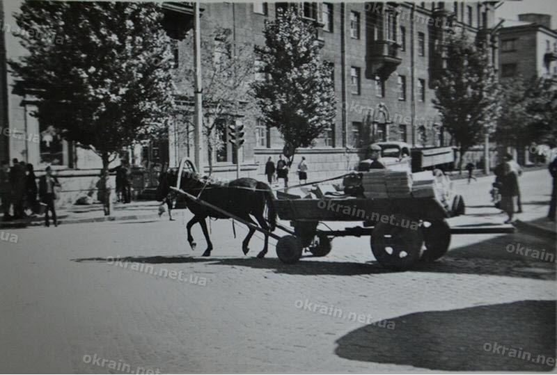 Перекресток в центре города - фото 1648