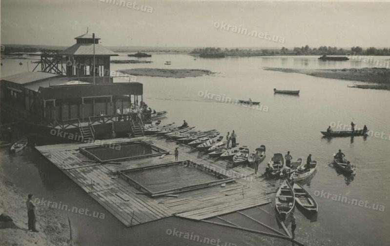 Водная станция клуба «Большевик» в Кременчуге - фото 1653