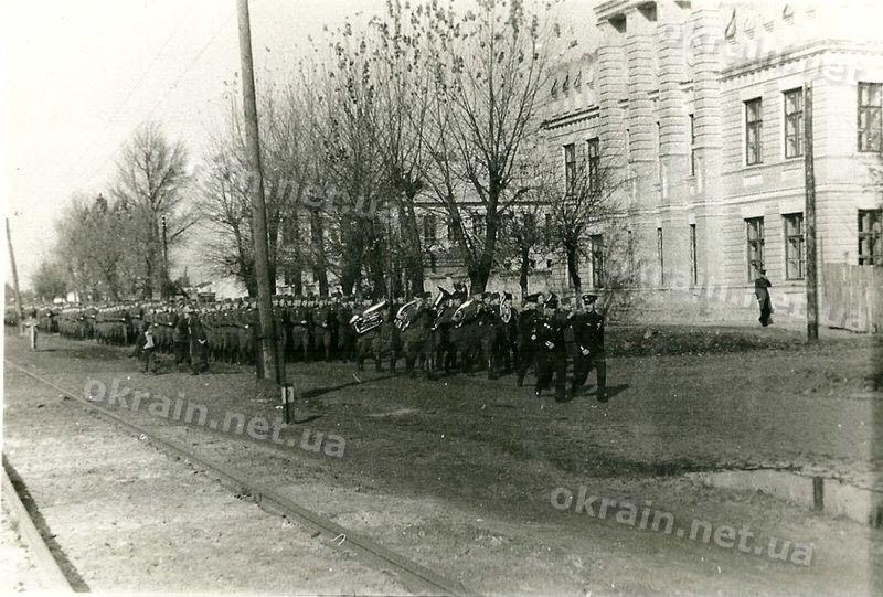 Курсанты 10 ВАШПОЛ в Кременчуге - фото 1662