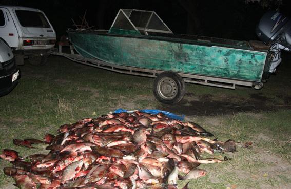 Из инспекторов рыбоохраны в браконьеры