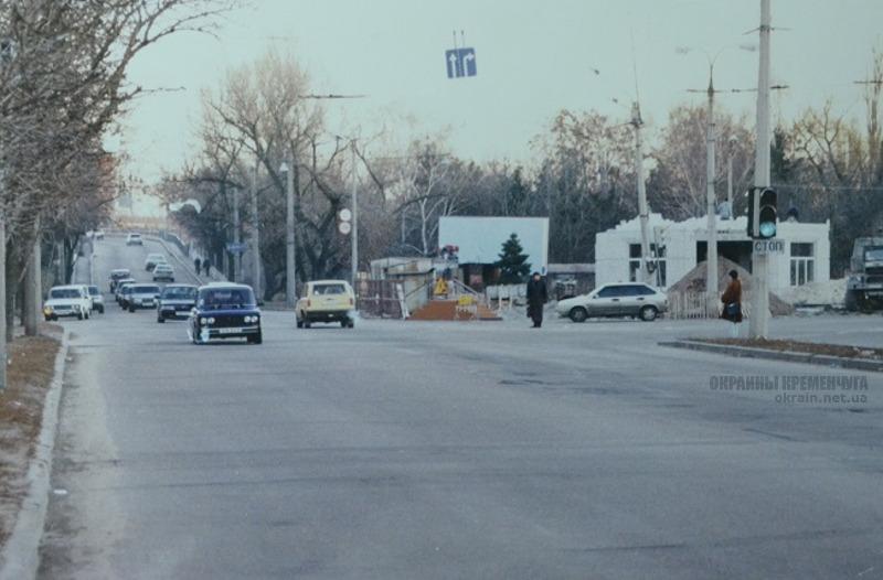 Въезд на Крюковский мост в Кременчуге фото номер 2200