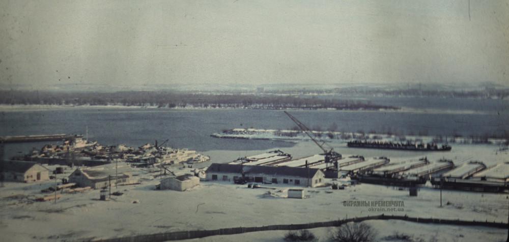 Вид на грузовой порт в Кременчуге 1977 год фото номер 2231