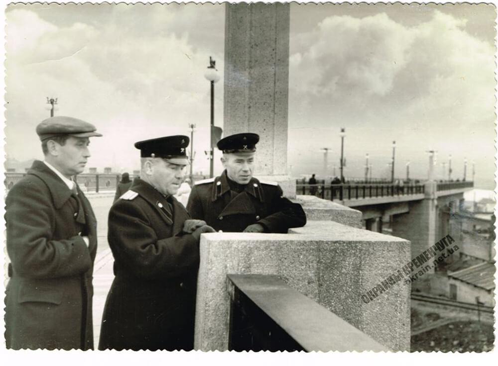 Участники строительства моста в Кременчуге фото номер 2242