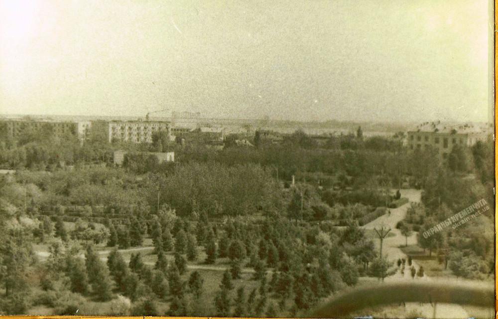 Вид на парк с Колеса Обозрения в Кременчуге фото номер 2248