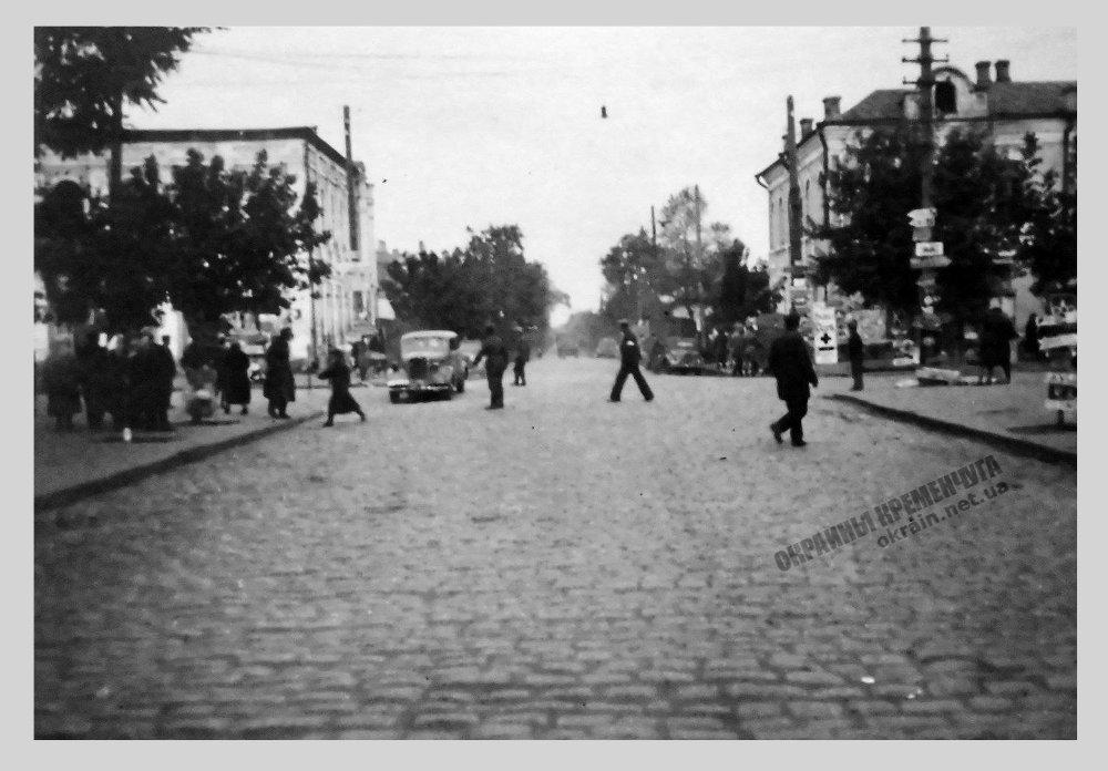 Перекресток улиц в Кременчуге фото номер 2285