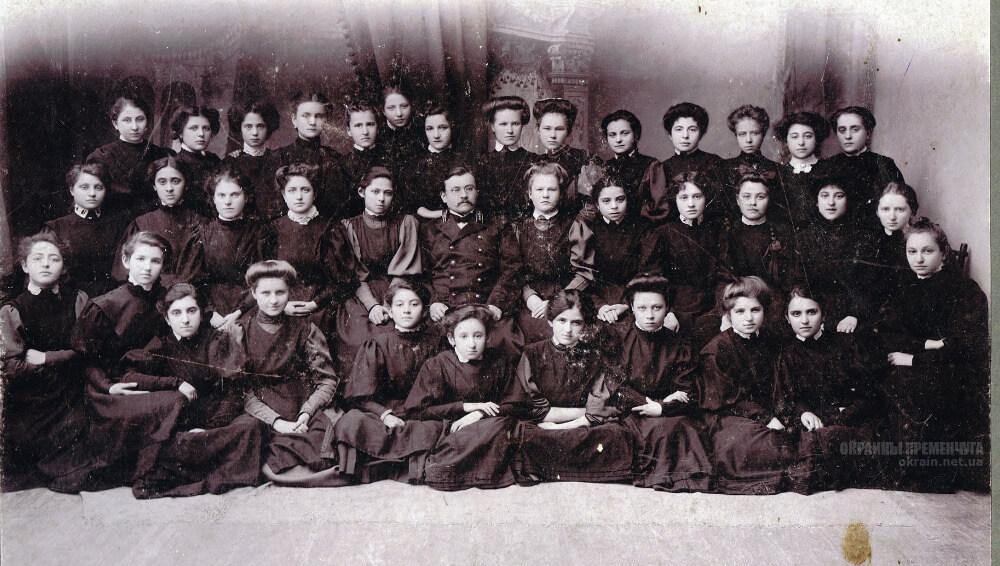 Ученицы 5 класса женской гимназии Бабериной 1909 год фото номер 2335