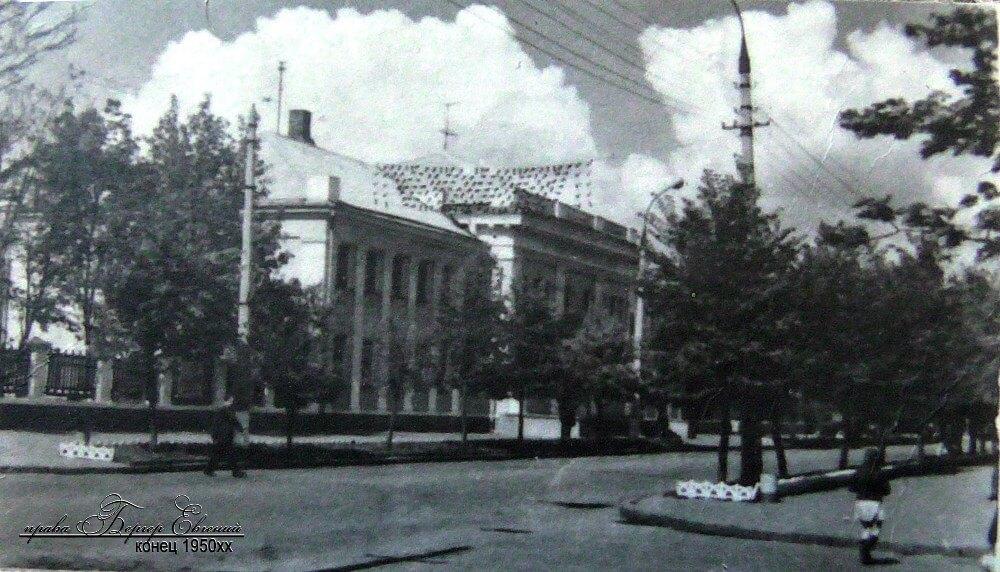 Дом Офицеров в Кременчуге фото номер 2347