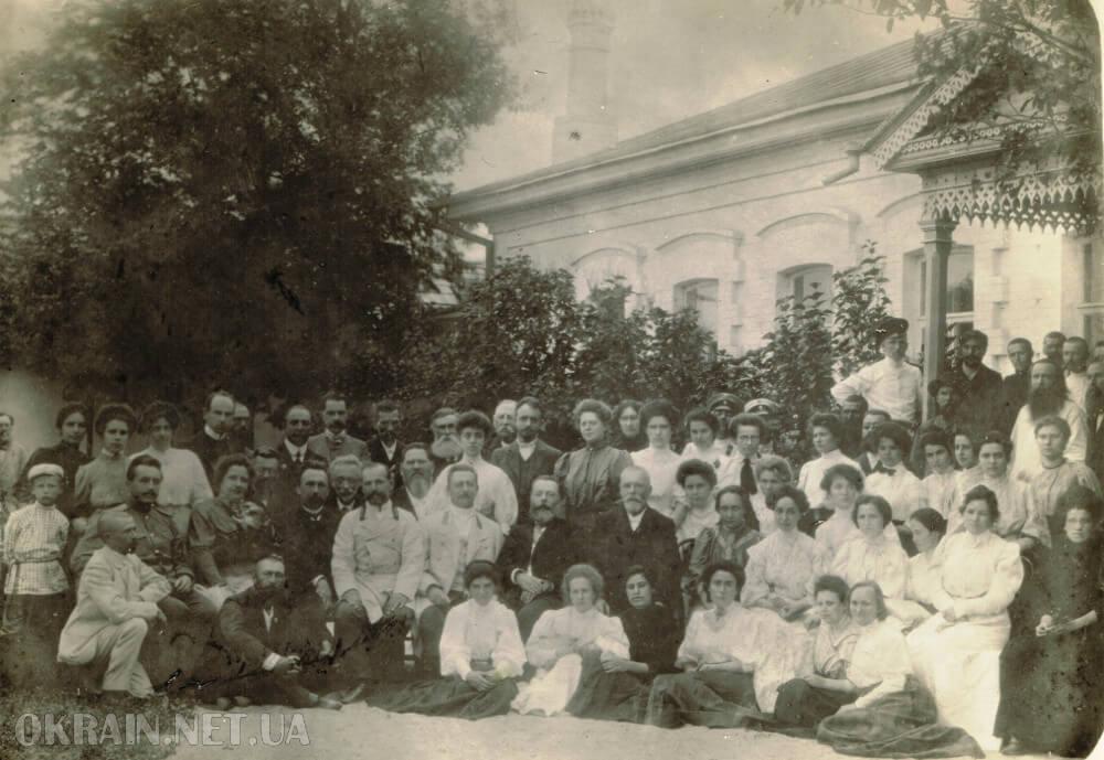 Первый выпуск Кременчугской акушерско-фельдшерской школы 1908 год фото номер 2367