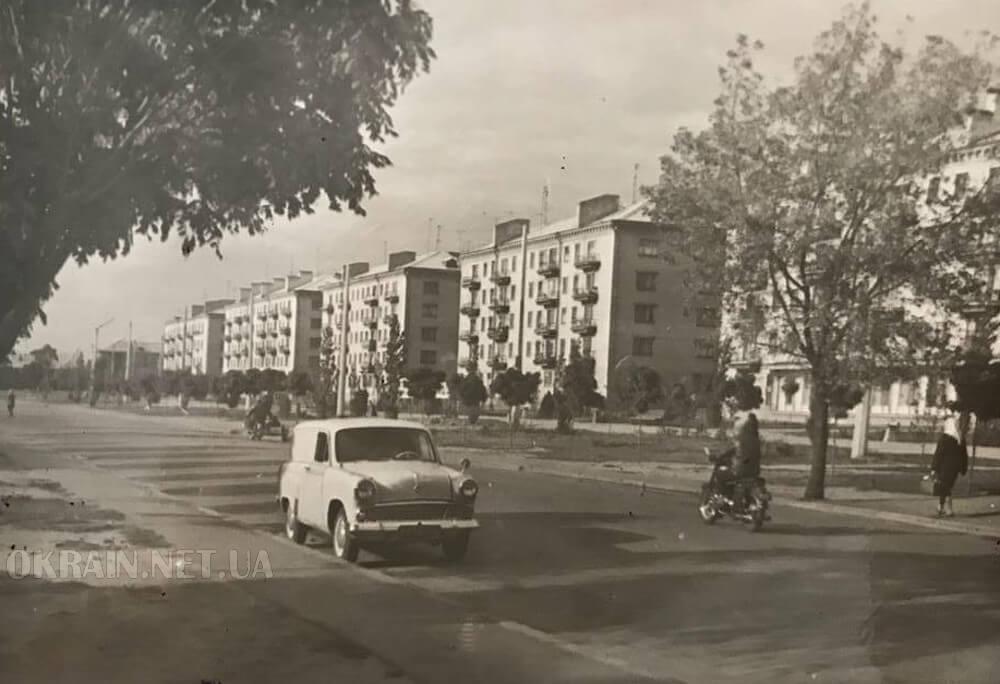 Улица в Кременчуге 1966 год фото 2373