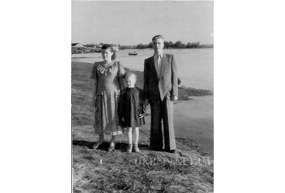 На Днепре в Кременчуге 1951 год фото 2386